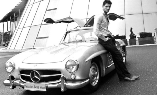 David_Gandy_with_Mercedes_Gullwing
